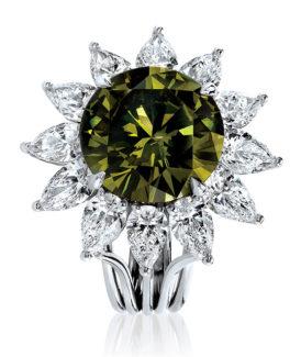Fancy Yellow-Green Diamond Ring